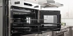Особенности применения и выбора промышленных жарочных шкафов